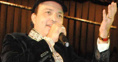 Award winning Bollywood Qawwali singer, Altaf Raja set to perform in the UK, courtesy of Jay's Entertainment